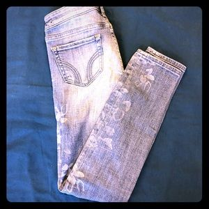 Hollister light wash skinny jeans size 23